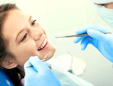A endodontia é a especialidade odontológica que tem por finalidade cuidar dos tecidos internos do dente e da polpa dental.